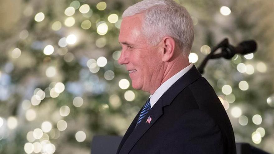 Pence prometió más apoyo durante su visita sorpresa a Kabul