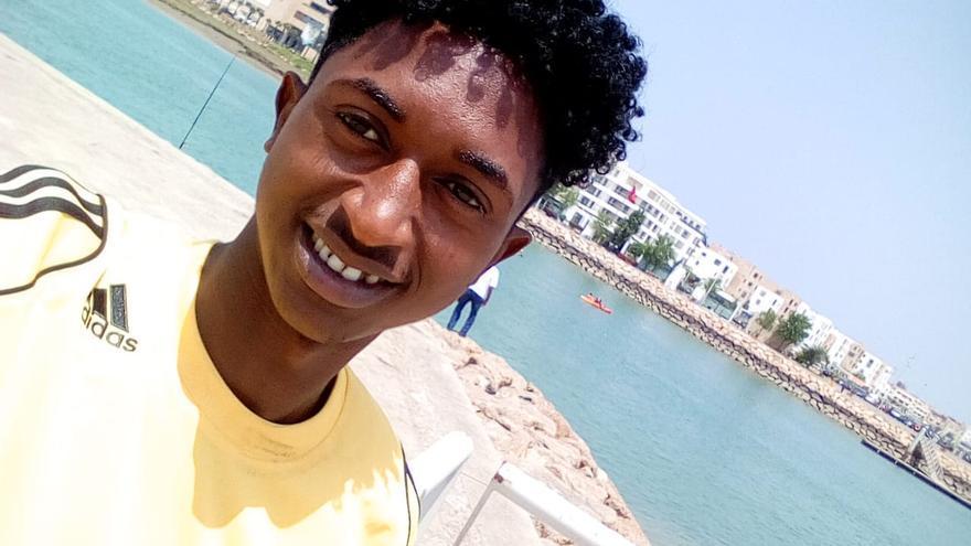Retrato de Ibrahim Diallo, el menor de edad que el Gobierno expulsó a Marruecos, cuando llegó a Rabat.