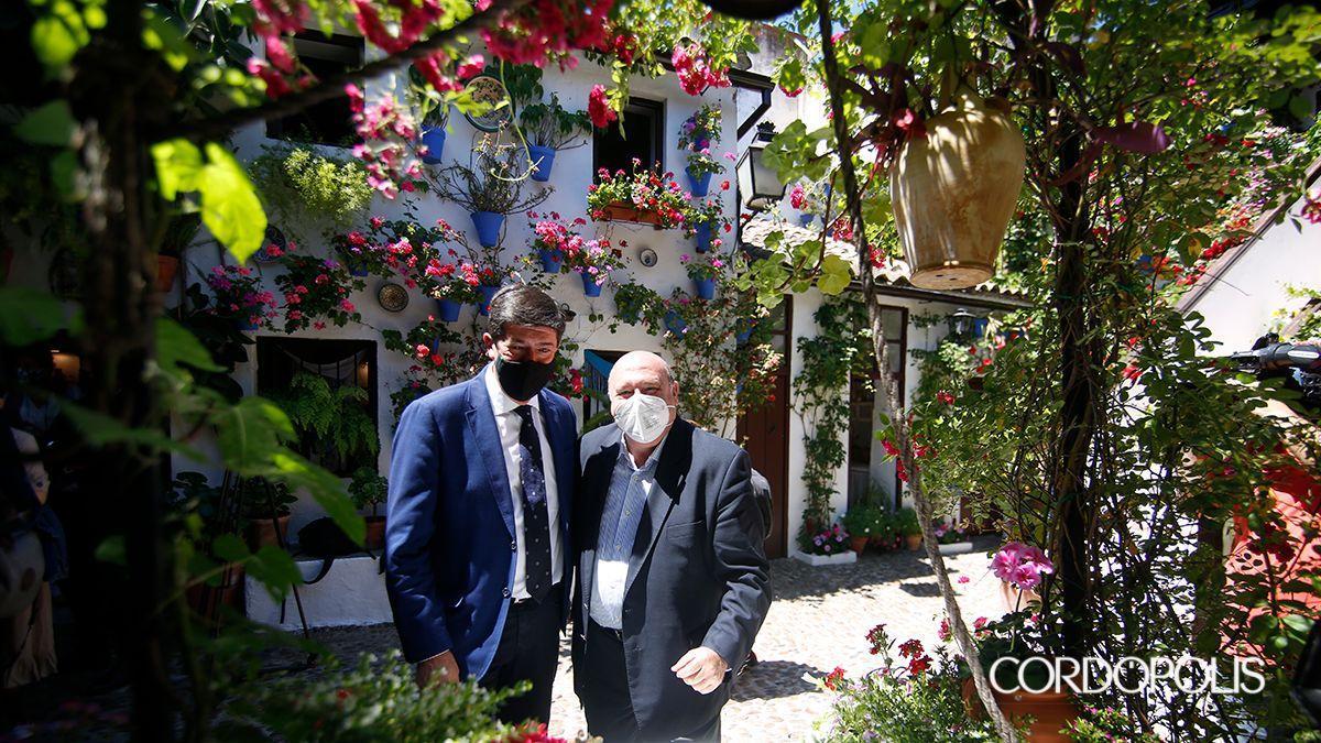El vicepresidente de la Junta y responsable de Turismo del gobierno andaluz, Juan Marín, en los Patios de Córdoba.