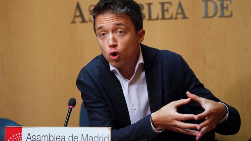 """Errejón señala la """"gravedad"""" de que Vox amenace con publicar el acuerdo con el PP"""