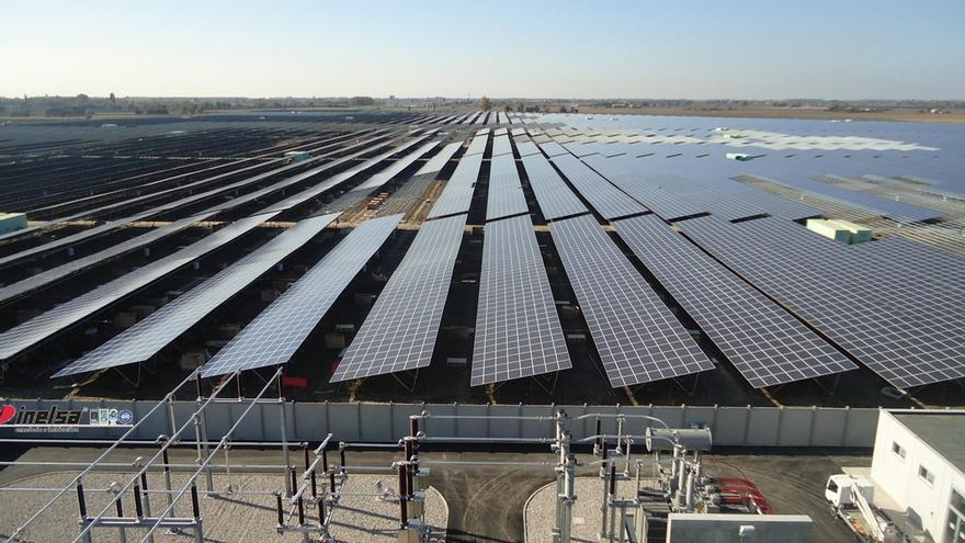 El recorte de Sebastián a la fotovoltaica deja sin prima de 2012 a las plantas a partir de este mes