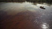 Brasil está en alerta por posible llegada de crudo vertido a río en Ecuador
