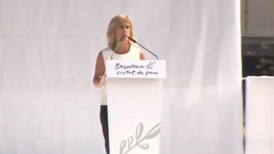 Gemma Nierga conduce el acto de homenaje a las víctimas del 17A.