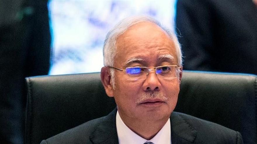 Denuncian al WSJ en Malasia por noticia sobre corrupción del primer ministro