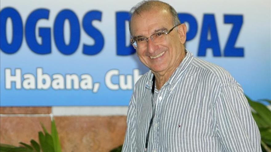 El jefe negociador del Gobierno colombiano asegura que las FARC dejarán las armas