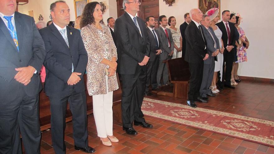 En la imagen, las autoridades asistentes a la ceremonia religiosa.