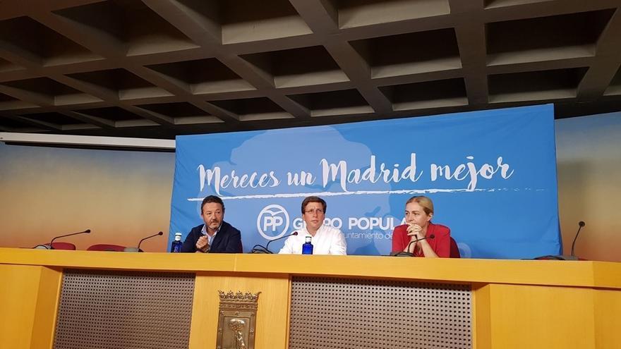 """PP Ayuntamiento Madrid pide a Carmena que llame a los alcaldes catalanes """"amenazados"""" y les dé """"amparo firme"""""""