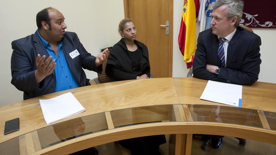 Sinaí Giménez, reunido con el vicepresidente de la Xunta, Alfonso Rueda, en calidad de presidente de la Asociación Pueblo Gitano