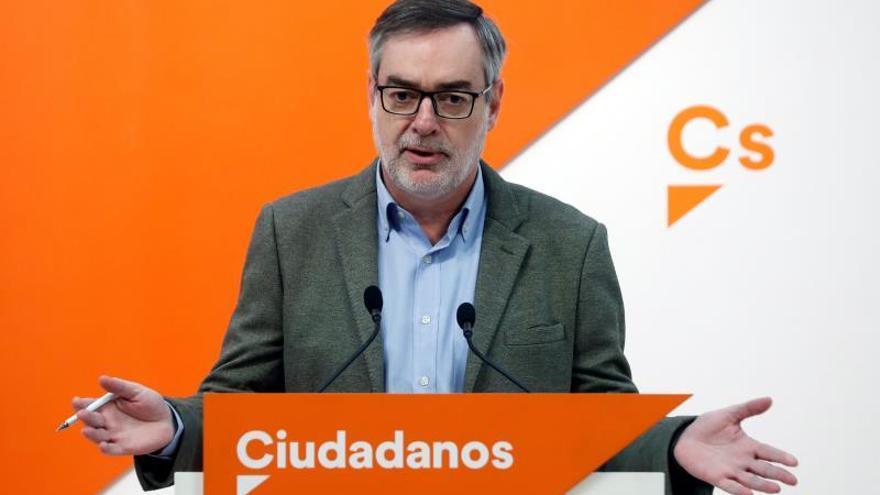 """Villegas critica que los presupuestos """"se estén decidiendo en Waterloo"""""""