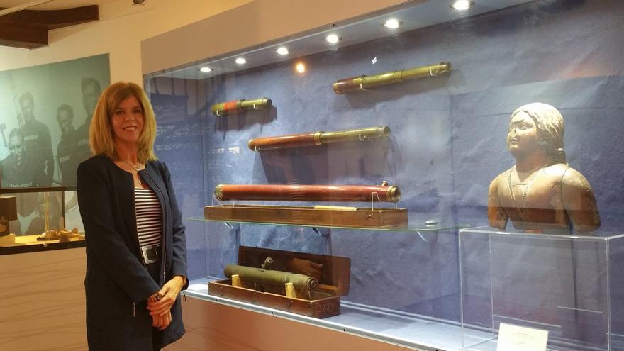 Carmen Concepción en el Museo Naval de Santa Cruz de La Palma. Foto: LUZ RODRÍGUEZ.