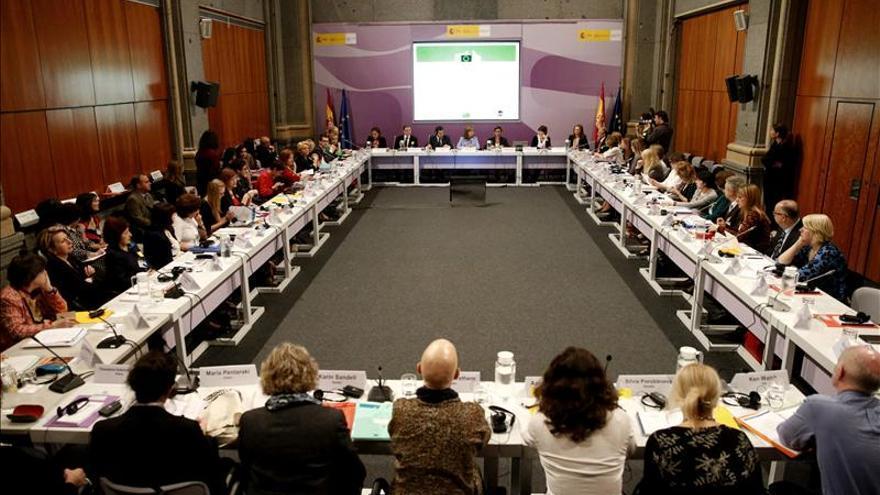 Mato pide a la UE soluciones conjuntas para visibilizar la violencia de género