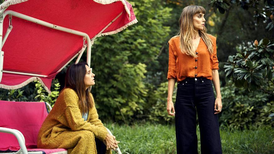 Irene Arcos y Eva Santolaria en 'Todos mienten'