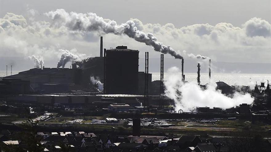 Tata Steel acuerda un plan para salvar la planta en Gales con 4.000 trabajadores