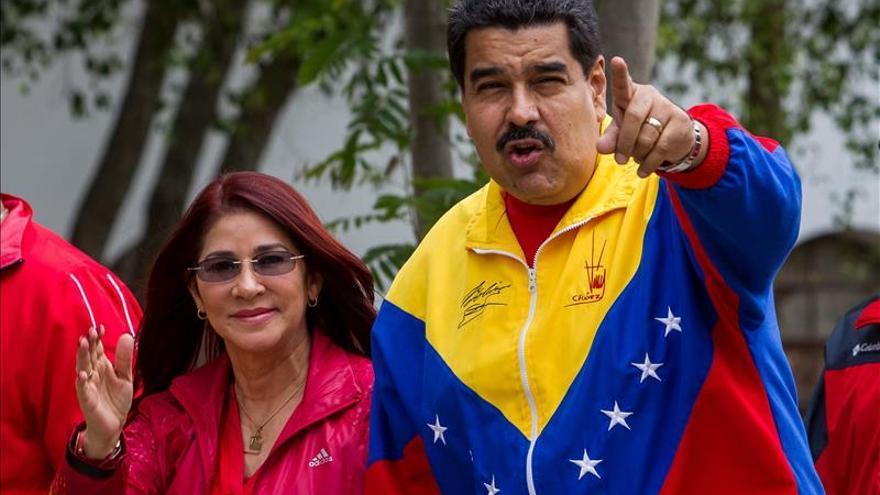 La esposa de Maduro ratifica que el Gobierno aceptará y acatará el resultado electoral