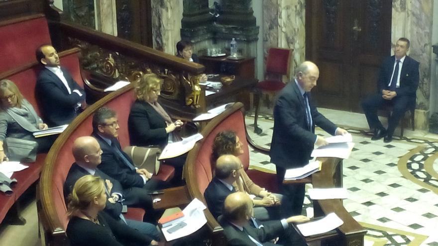 Alfonso Novo, otra vez portavoz del PP, en su intervención durante el pleno municipal de este jueves