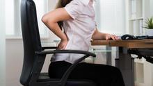 Una mala elección de tu silla de oficina puede provocar importantes lesiones en la espalda.