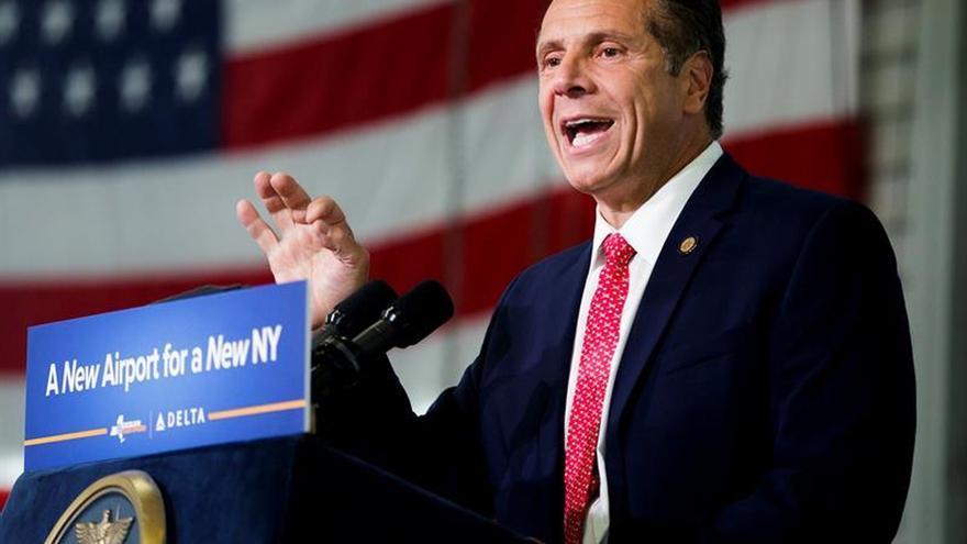 El gobernador de Nueva York valora el paso del ciclón como una ocasión para mejorar Puerto Rico