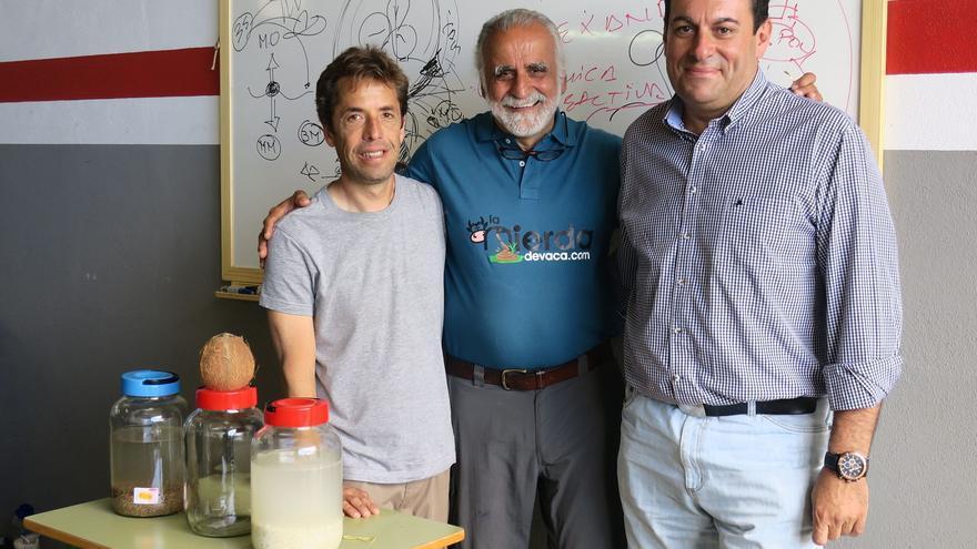Jairo Ratrepo (c) junto a Basilio Pérez (d).