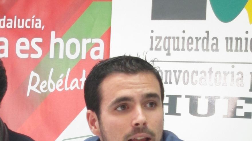 """Diputado de IU acusa al Gobierno de actuar con """"odio"""" y al dictado de los """"ultras"""" de la AVT"""