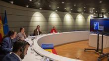 Iglesias y las ministras de Empleo de Portugal e Italia proponen una renta mínima europea