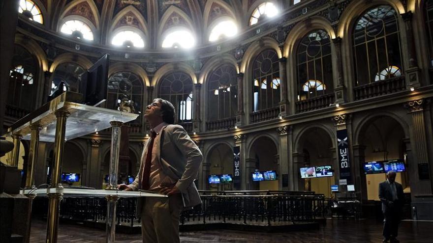 La bolsa española abre con leves alzas y el IBEX sube un 0,16 por ciento