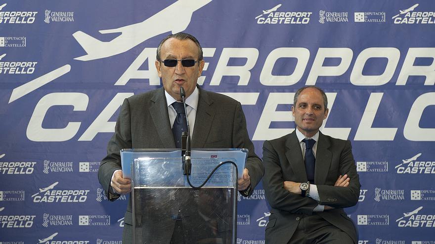 Carlos Fabra y Francisco Camps en el aeropuerto de Castellón