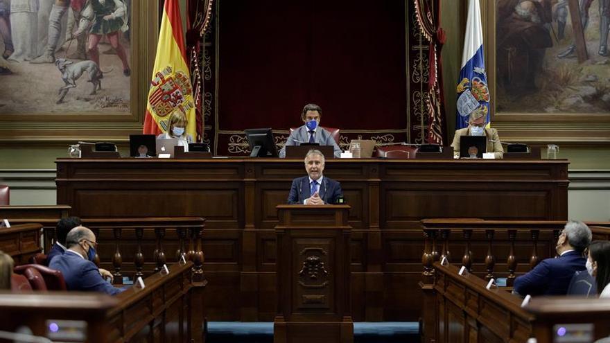 El Parlamento de Canarias aprueba el plan Reactiva, dotado con 1.440 millones para este año