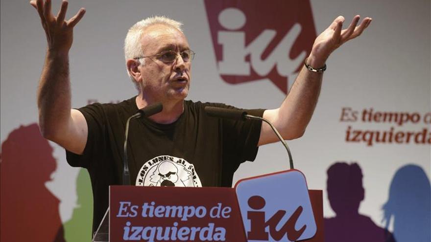 IU pide cambiar la ley para que se pueda retirar las actas a los políticos corruptos
