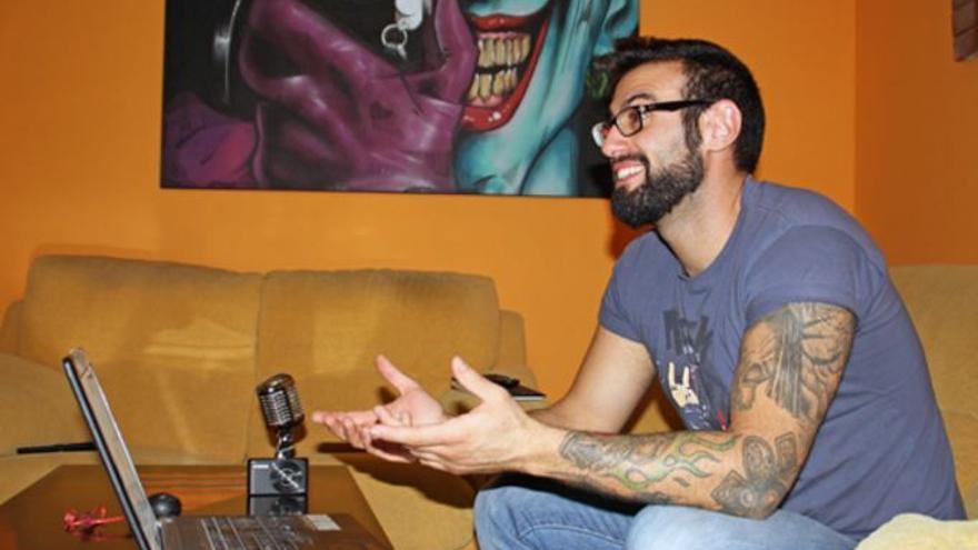 'Boot Cozar' en su estudio de grabación y montaje / Alcarria Es Más
