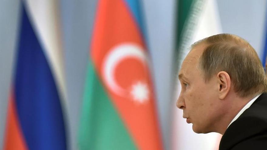 Putin y Medvédev visitan Crimea a tres días de las elecciones parlamentarias