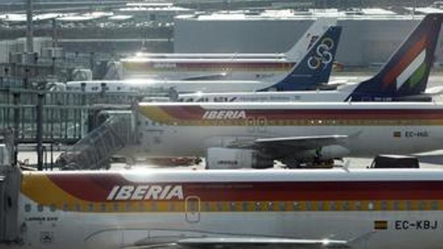 Iberia, entre las 15 aerolíneas europeas menos puntuales de Europa