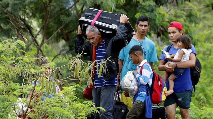 El canciller venezolano acusa a Acnur de mentir sobre la migración del país