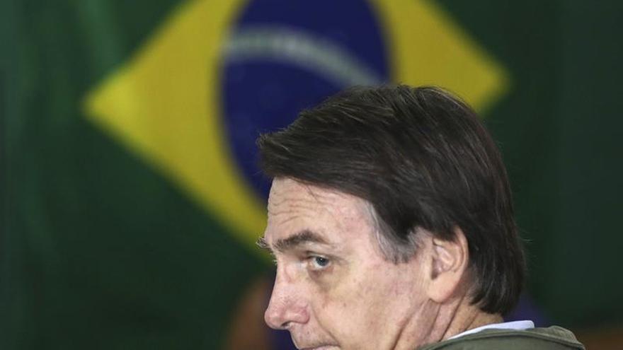Bolsonaro se une a Chávez, Perón y otros militares electos en las urnas