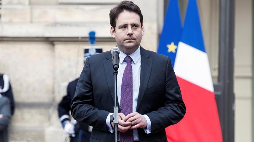 """Francia considera la entrega """"unilateral"""" de armas de ETA """"un gran paso"""""""