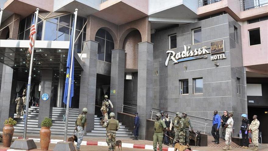 Detenidos en Mali dos sospechosos por el atentado del hotel de Bamako