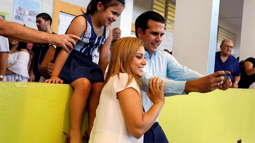 Los primeros resultados en Puerto Rico apuntan a una victoria de Ricardo Roselló