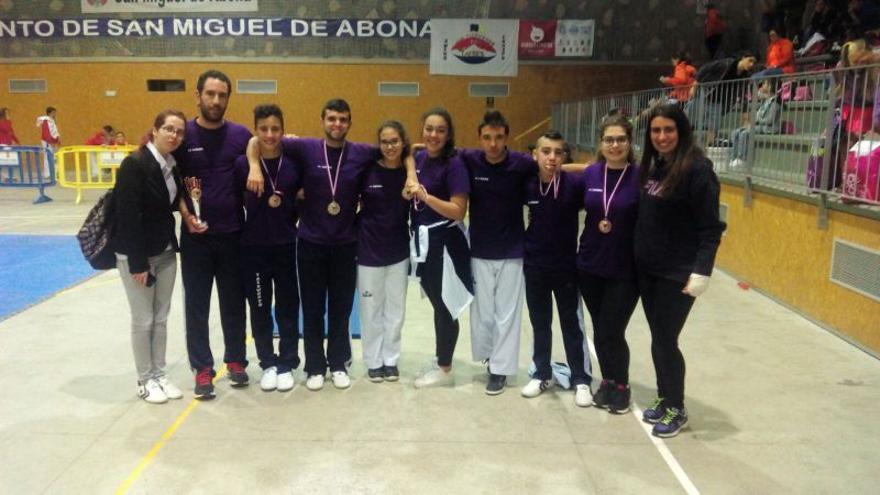 Representantes de la Escuela de Taekwondo de La Laguna en el Torneo de San Miguel de Abona