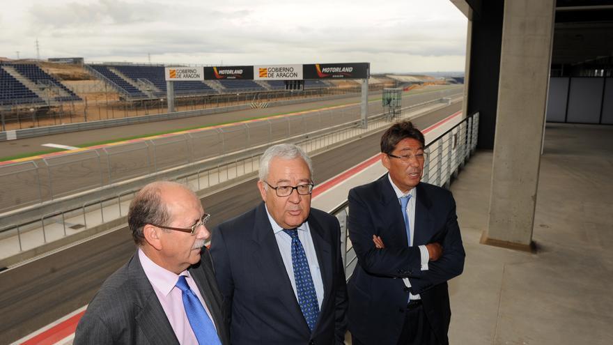 En el centro, el ex vicepresidente de Aragón, José Ángel Biel (PAR).