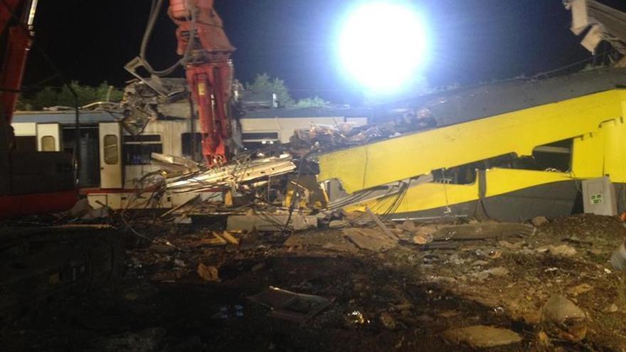 Prosigue la búsqueda de cadáveres entre los restos de los trenes siniestrados en Italia