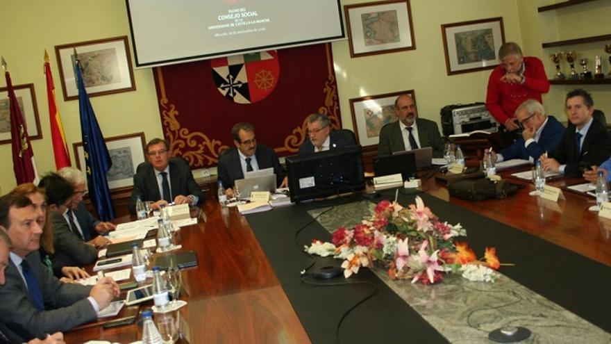 Reunión del Consejo Social de la UCLM, con Ángel Felpeto y Miguel Ángel Collado