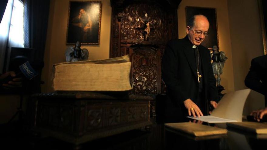 El cardenal peruano causa polémica con declaraciones sobre la mujer