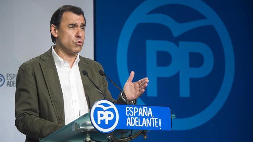 Maíllo afirma que el Gobierno da una respuesta tranquila a la deriva alocada nacionalista
