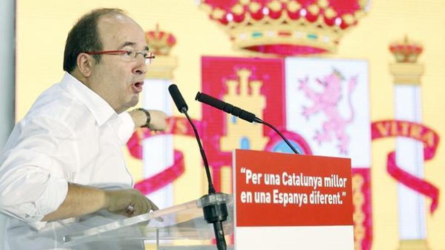 Don't stop me now, coleta morada y gran jefe plasma. Humor político