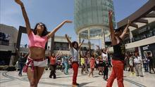 """El mundo baila """"Happy"""" durante 24 horas para reivindicar la felicidad"""