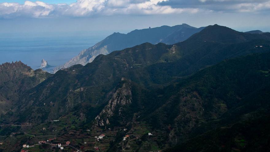Montes de Anaga desde el Pico del Inglés, uno de los miradores más espectaculares del Parque Rural.
