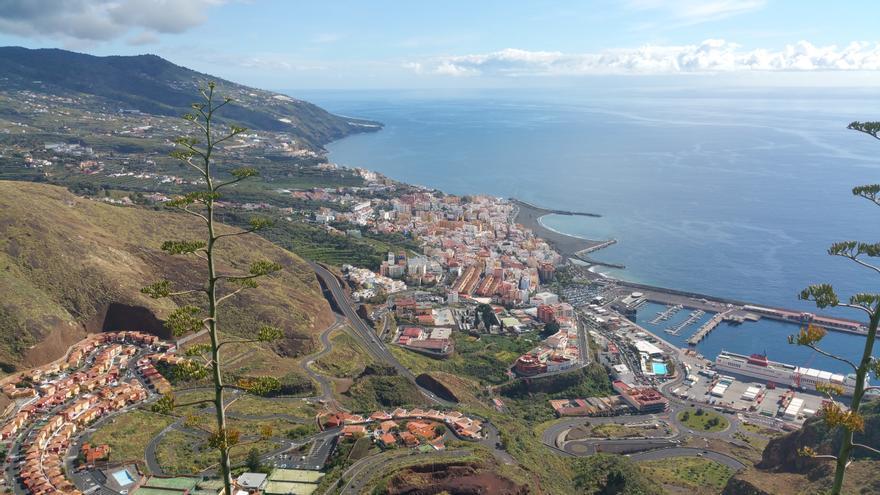 Panorámica de Santa Cruz de La Palma desde el Risco de La Concepción. Foto: LUZ RODRÍGUEZ.