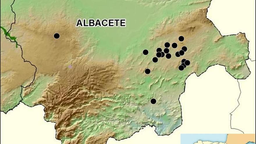 Mapa indicando de los humedales de Albacete donde ha sido citada