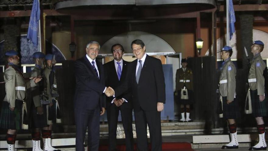 La ONU anuncia que el diálogo de paz en Chipre se reanudará el 15 de mayo