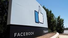 Facebook está tratando de esquivar la polémica con tímidos cambios en sus políticas y, sobre todo, en su estrategia comunicativa.