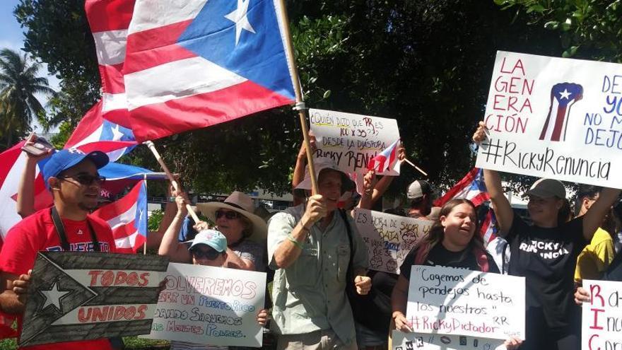 Puertorriqueños en Miami piden que el gobernador Rosselló dimita tras el escándalo